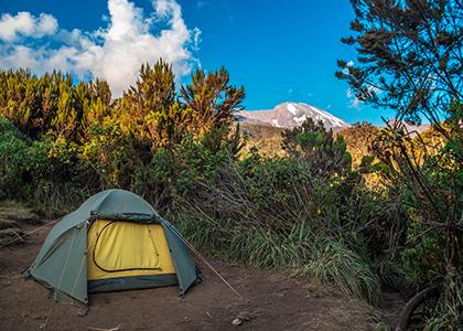 Camp på ruten Machame på vej til toppen af Kilimanjaro